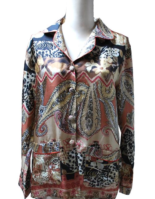 carnet de soie affaires saisir beau pyjama femme en soie imprim e. Black Bedroom Furniture Sets. Home Design Ideas